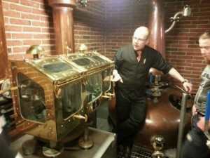 Teerenpeli whisky | Jussi Oinas hosts a distillery tour