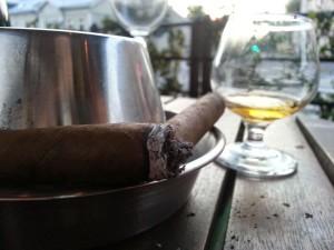 Yamazaki 12yo single malt whisky with a cigar