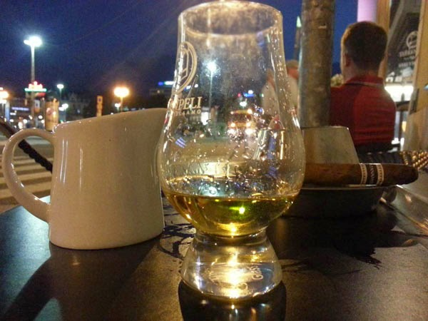 Ardbeg Auriverdes at Teerenpeli terrace in Turku