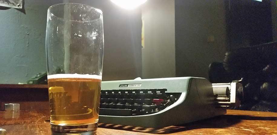 radbar-pint-typewriter