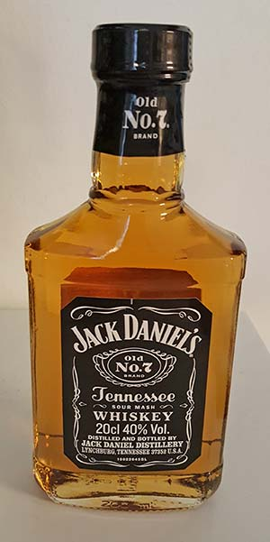 Jack Daniel's Old No. 7 Tennessee Whiskey Review