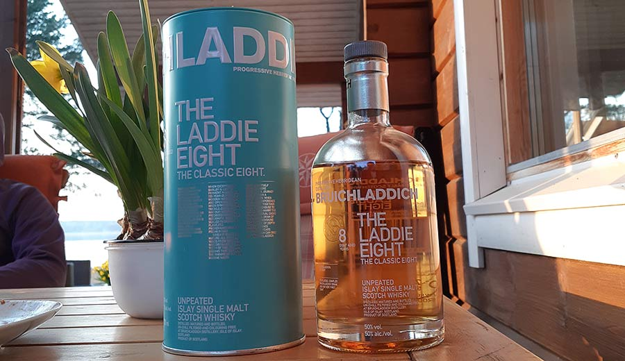 The Laddie Eight Whisky Review - Bruichladdich 8YO Single Malt