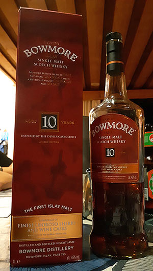 Bowmore 10 year old single malt whisky review